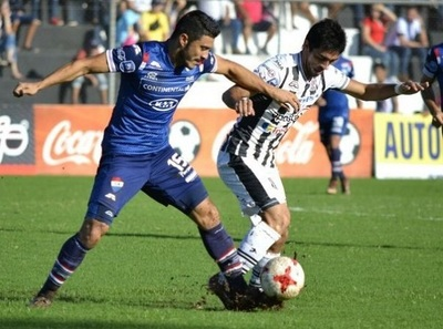 Deportivo Santaní recibe a Nacional este domingo