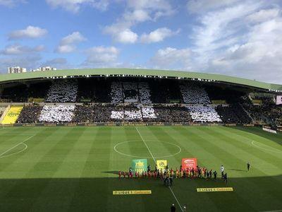 Nantes homenajeó a Sala, pero perdió