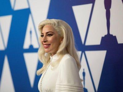 Lady Gaga, Claudia Brant y Luis Miguel triunfan en pregala de los Grammys