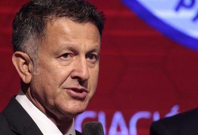 """Juan Carlos Osorio: """"no he renunciado"""""""