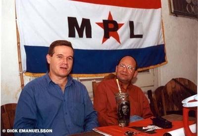 HOY / Arrom hasta se candidató a senador en el 2003, pero se fugó un día antes del juicio