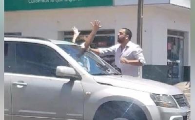 Bocinazo terminó en agresión en el tránsito