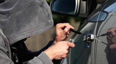 Los viernes se roban más autos: ladrones prefieren los chileré