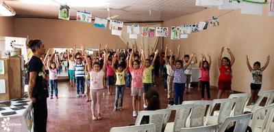 Niñas y niños de San Pedro participan de talleres culturales de la SNC