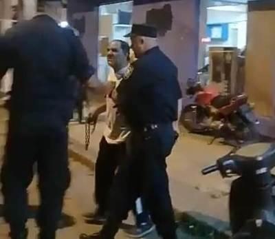 Invocan Paz, pero…alterado hurrero intentó agredir con una cadena a manifestantes