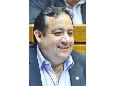 Designan  a fiscal para indagar a diputado por aparente desvío
