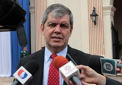 """Enrique Riera: """"Juan Darío Monges parece muy buena competencia"""""""
