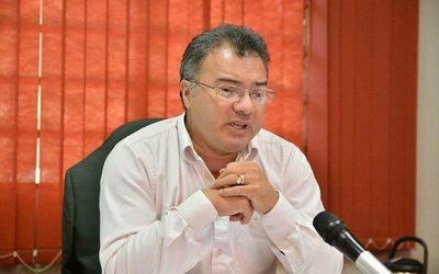 Intendente de CDE cambia a director imputado
