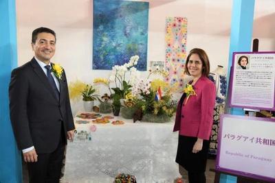 Mesa paraguaya en Festival Internacional de Orquídeas en Tokio