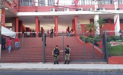 HOY / Danza de nombres para ANR: Ariel Oviedo sonó como otra opción en Añetete