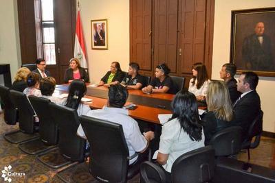 Avanza anteproyecto de ley de espacios y centros culturales