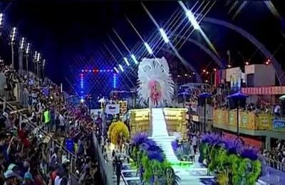 Se viene la cuarta noche del carnaval encarnaceno