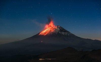 Declaran alerta amarilla en México por el volcán Popocatépetl