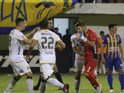 Compacto Sportivo Luqueño 0-2 Guaraní