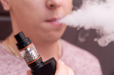 Los cigarrillos electrónicos también tiene efectos nocivos para la salud