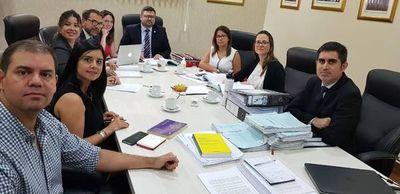 Equipo  de la defensa del Estado Paraguayo se encuentra trabajando en los alegatos escritos
