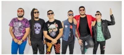 """Los Tripulantes estrenan videoclip inspirado en los """"loros"""""""