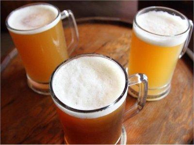 Fisco busca elevar impuesto a las bebidas y al alcohol