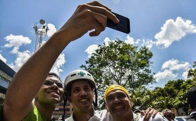Miles de voluntarios se preparan para recibir ayuda humanitaria en Venezuela