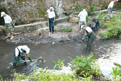 Retiraron unas 43 toneladas de la puerqueza de la gente en el Mburicao