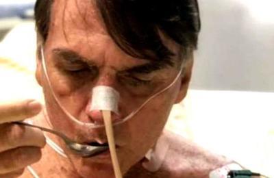 La curiosa foto de Jair Bolsonaro hospitalizado que genera dudas en las redes sociales