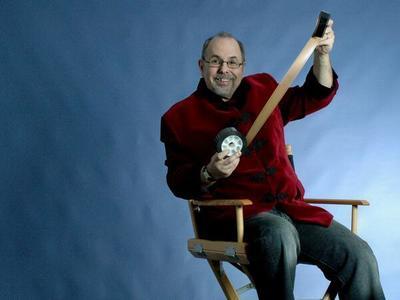 Instructor de cine de Hollywood, compartirá secretos para la realización de una película con presupuesto bajo a paraguayos