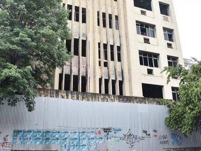 Plantean que ex IMA sea edificio de estacionamiento para paliar déficit