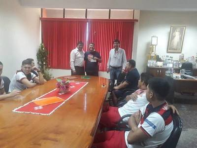 Intendente de Minga hace proselitismo con recursos de Municipalidad, denuncian