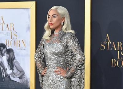 Lady Gaga rompe compromiso con su novio