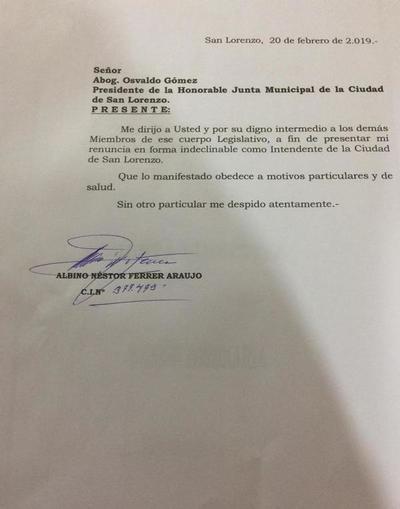 Albino Ferrer renuncia a la Intendencia de San Lorenzo