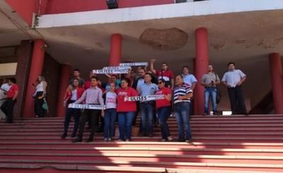 """Movimiento """"Dignidad y Firmeza"""" inscribió a Ulises Quintana"""
