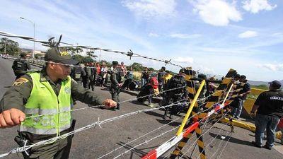 Maduro anuncia cierre total de frontera terrestre con Brasil