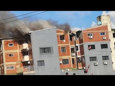URGENTE: INCENDIO DE GRAN MAGNITUD EN EDIFICIO CÉNTRICO