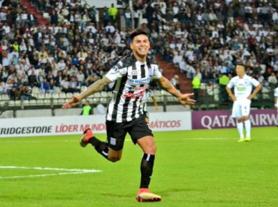 Santaní vence al Once Caldas en Colombia y avanza firme
