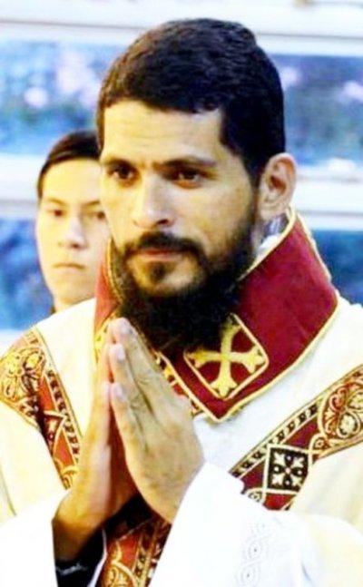 Papa expulsa de CDE a un sacerdote brasileño