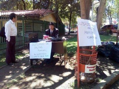 Denuncian que tentáculos del clan ZI siguen  coimeando en juzgados de faltas municipales