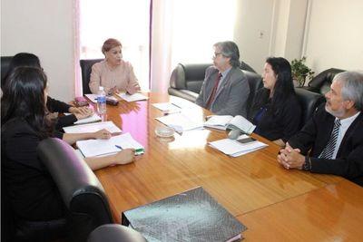 Ministra Gladys Bareiro realizó visita de supervisión