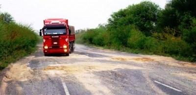 Importadores de gas urgen pronto arreglo de la Transchaco, principal ruta del producto