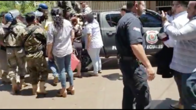 HOY / Fiscales alertan que fans del  diputado detenido por presunta  conexión narco aprietan a colega