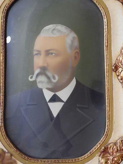 Conmemoran 107 años de la muerte del fundador del Partido Colorado