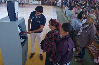 Familias de Tekoporã de Concepción y Horqueta se su suman a la era de los pagos electrónicos y digitales
