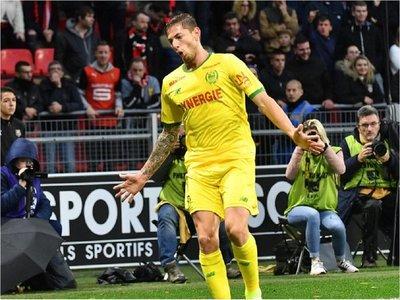 Nantes reclama ante FIFA el pago por el traspaso de Sala