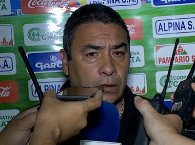 """José Basualdo: """"No creo que un equipo grande necesite del arbitraje para ganar"""""""