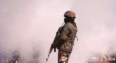 España llama a la contención ante la escalada de tensión entre la India y Pakistán