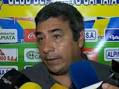 José Basualdo dejó de ser DT del Deportivo Capiatá