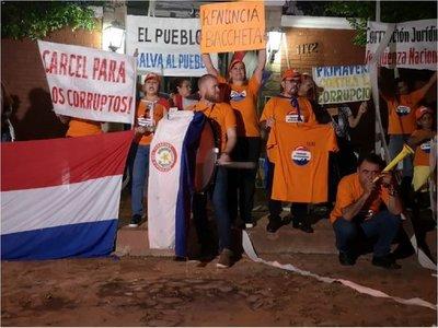 """Suspenden manifestación contra Bacchetta por """"falta de garantías"""""""