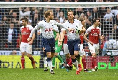 Tottenham se aleja de la cima