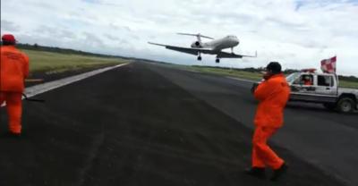 Viralizan video de aterrizaje que casi cuesta la vida a obreros del Silvio Pettirossi