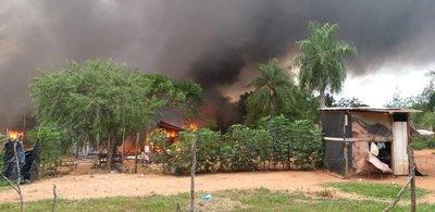 Violento desalojo de invasores en Luque