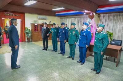 Mandatario cumple hoy tareas de orden castrense en el Gran Cuartel del Comando en Jefe